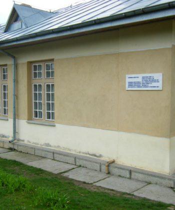 Școala primară Iepureni